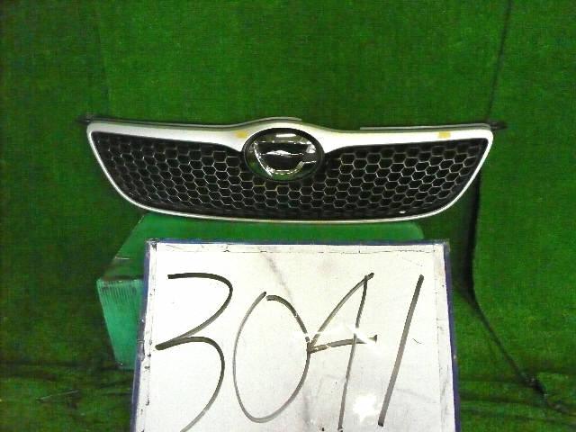 Решетка радиатора TOYOTA COROLLA FIELDER NZE121G. Фото 4