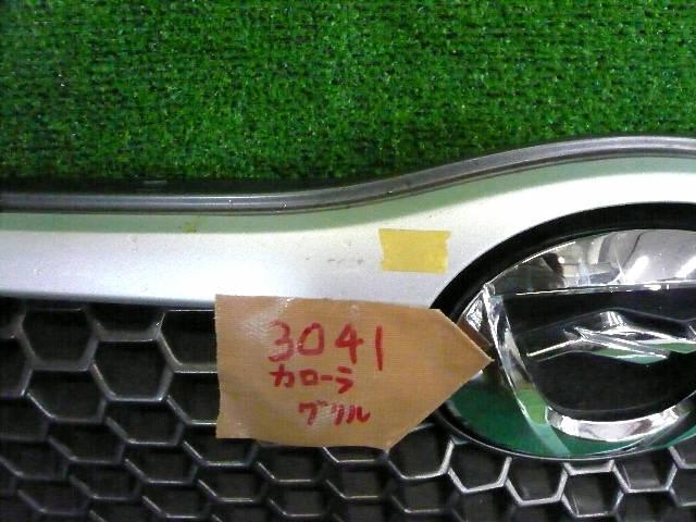Решетка радиатора TOYOTA COROLLA FIELDER NZE121G. Фото 3