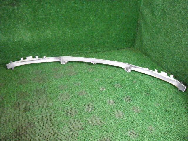 Планка передняя TOYOTA IPSUM SXM15G. Фото 6