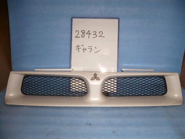 Решетка радиатора MITSUBISHI GALANT EA1A. Фото 6