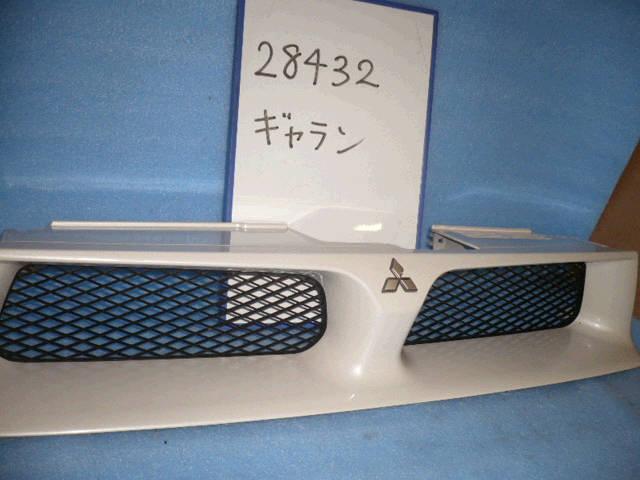 Решетка радиатора MITSUBISHI GALANT EA1A. Фото 5