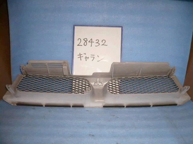 Решетка радиатора MITSUBISHI GALANT EA1A. Фото 4