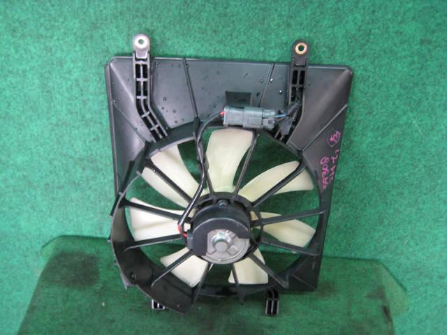 Вентилятор радиатора ДВС HONDA STREAM RN1 D17A. Фото 3