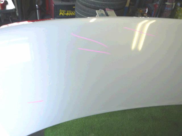 Крышка багажника TOYOTA COROLLA AE114. Фото 7