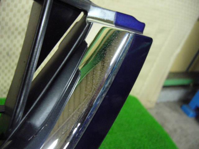 Решетка радиатора TOYOTA CAMI J122E. Фото 2