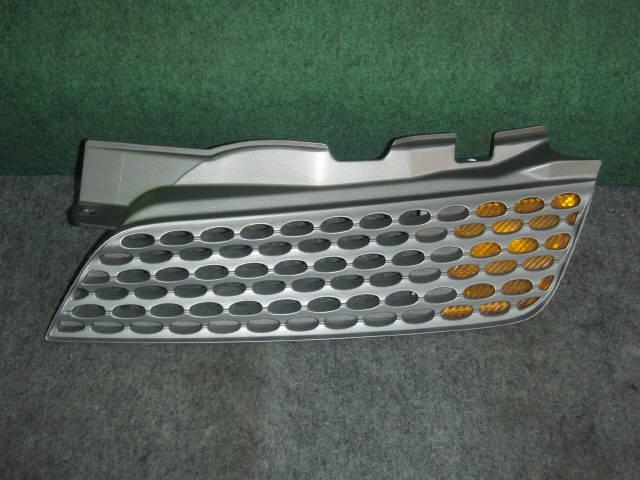 Решетка радиатора NISSAN MARCH BK12. Фото 5