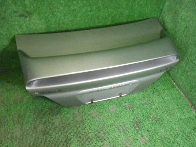 Крышка багажника MITSUBISHI GALANT EA1A. Фото 9