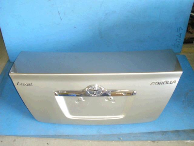 Крышка багажника TOYOTA COROLLA ZZE122. Фото 9