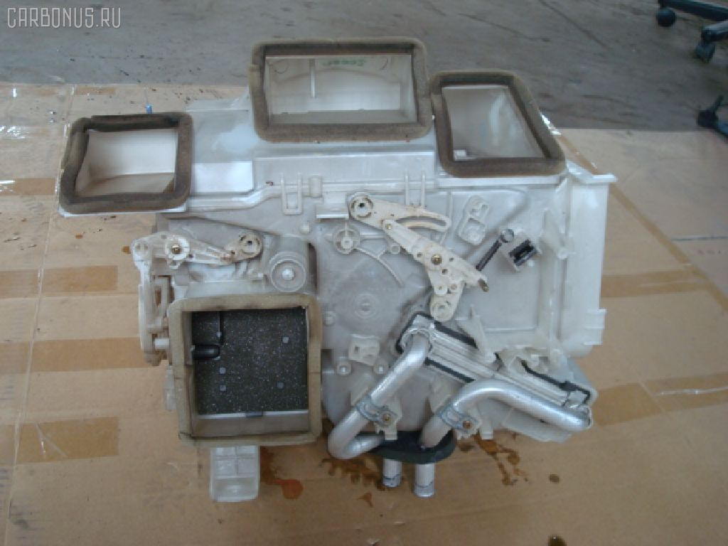 Радиатор печки TOYOTA VITZ SCP10 1SZ-FE. Фото 2