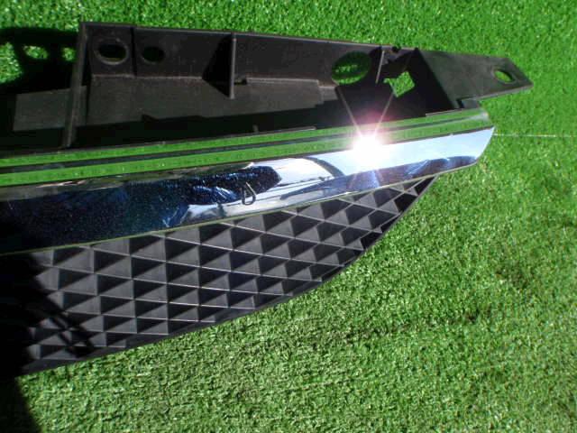 Решетка радиатора MAZDA FAMILIA BJ5P. Фото 5
