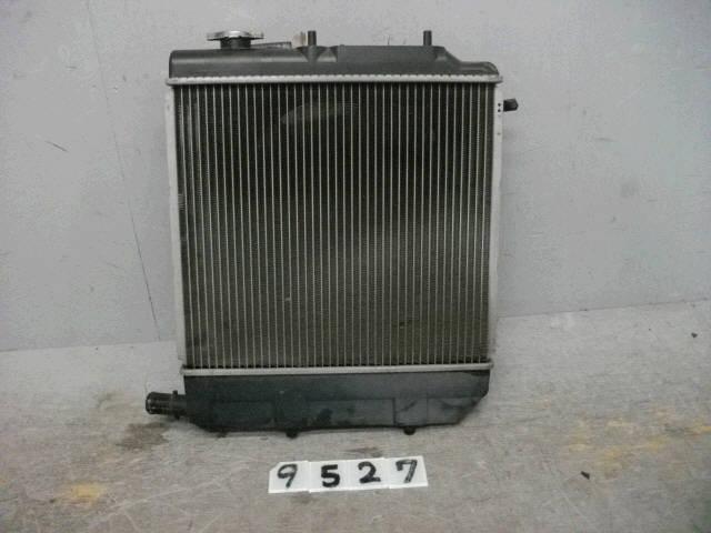 Радиатор ДВС MAZDA DEMIO DW3W B3. Фото 2