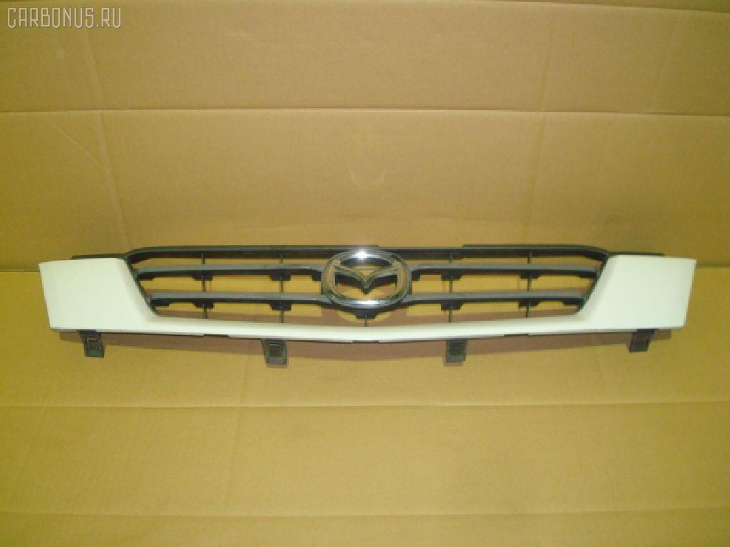 Решетка радиатора MAZDA DEMIO DW5W. Фото 2