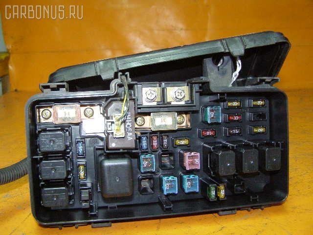 Блок предохранителей HONDA HR-V GH1 D16A. Фото 2