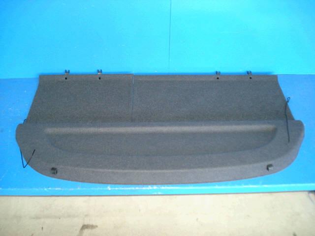 Шторка багажника TOYOTA ALLEX NZE121. Фото 3