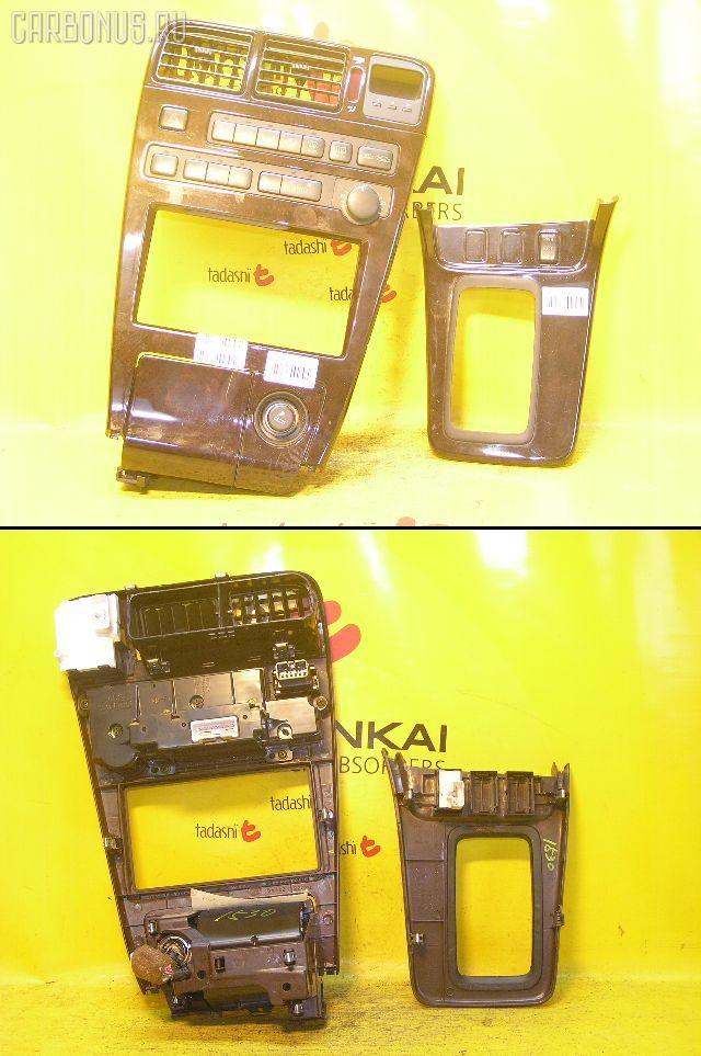 Консоль магнитофона TOYOTA MARK II GX90. Фото 1