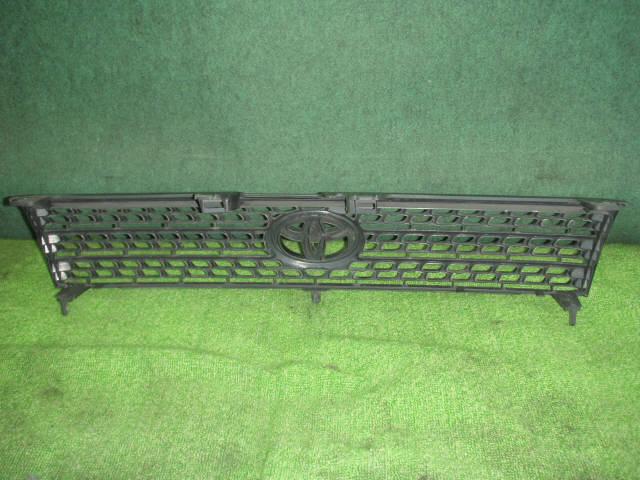 Решетка радиатора TOYOTA PROBOX NCP58G. Фото 9