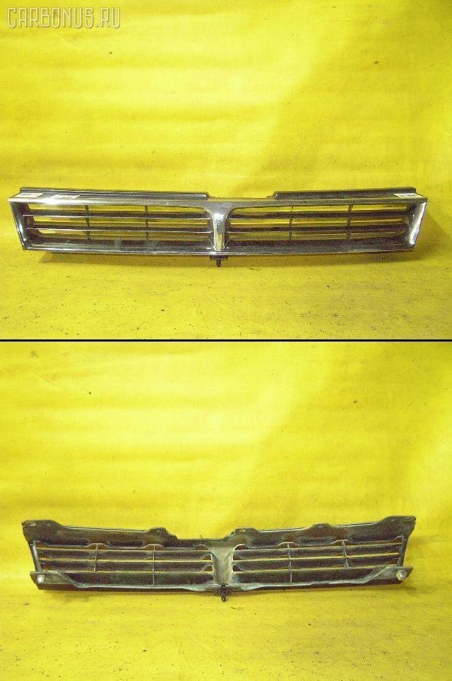 Решетка радиатора TOYOTA CAMRY SV30. Фото 3