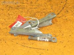 Крепление капота SUBARU IMPREZA WAGON GG3 Фото 1