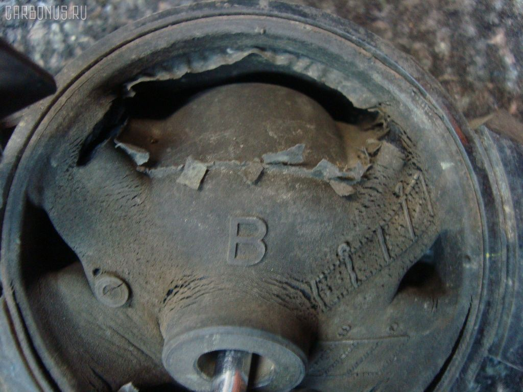 Подушка двигателя TOYOTA GAIA SXM10G 3S-FE. Фото 2