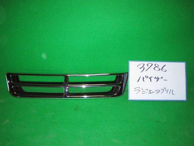 Решетка радиатора DAIHATSU PYZAR G301G. Фото 2
