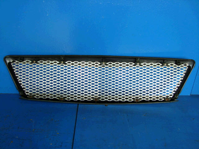 Решетка радиатора TOYOTA OPA ZCT10. Фото 8