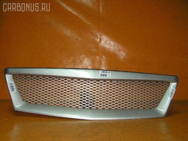 Решетка радиатора TOYOTA OPA ZCT10. Фото 5