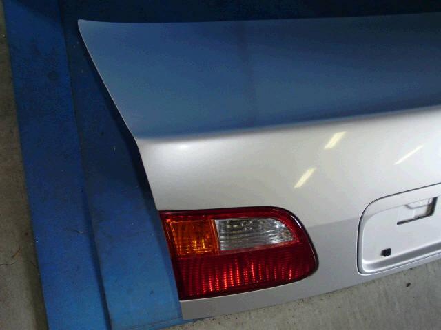 Крышка багажника HONDA CIVIC FERIO EK3. Фото 10