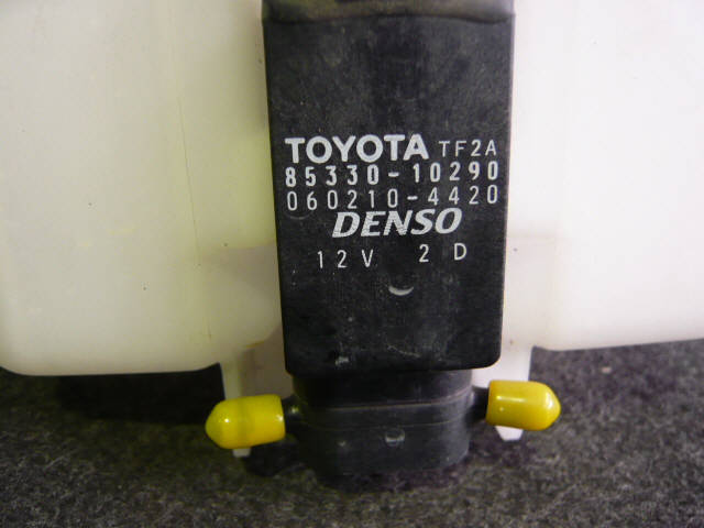 Бачок омывателя TOYOTA WILL VS NZE127. Фото 2