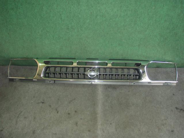 Решетка радиатора NISSAN TERRANO PR50. Фото 4