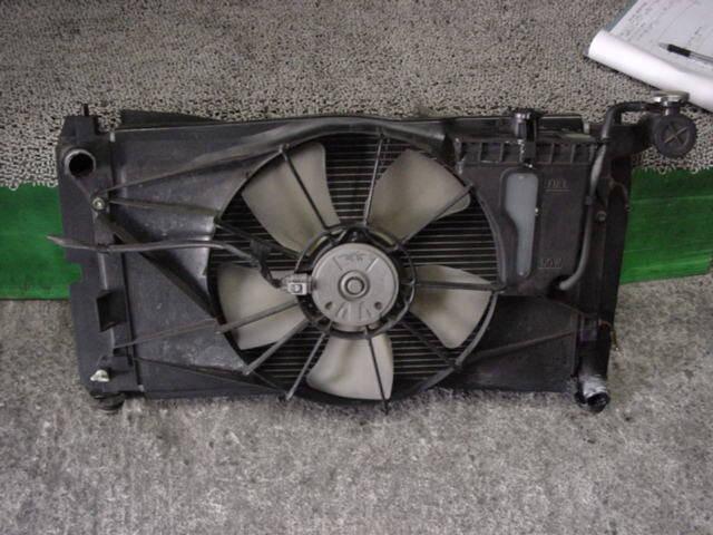 Радиатор ДВС TOYOTA WILL VS ZZE127 1ZZ-FE. Фото 3