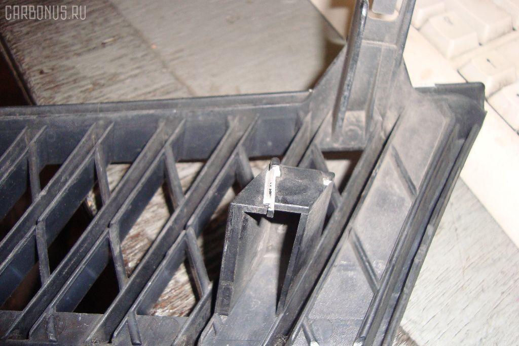 Решетка радиатора TOYOTA PLATZ NCP12. Фото 2