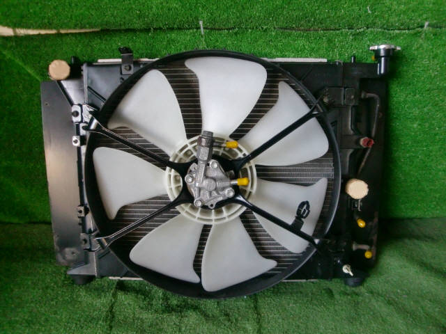 Радиатор ДВС TOYOTA CHASER JZX90 1JZ-GTE. Фото 9