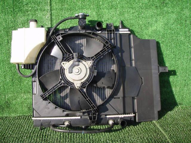 Радиатор ДВС NISSAN CUBE BZ11 CR14DE. Фото 7