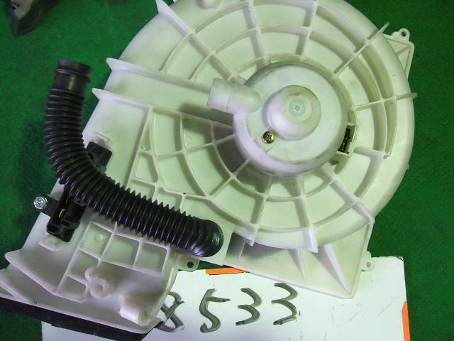 Мотор печки NISSAN SUNNY FNB15. Фото 10