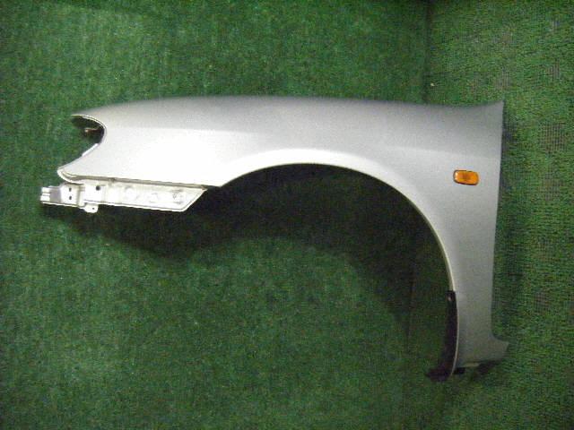 Крыло переднее NISSAN CEFIRO A33. Фото 5
