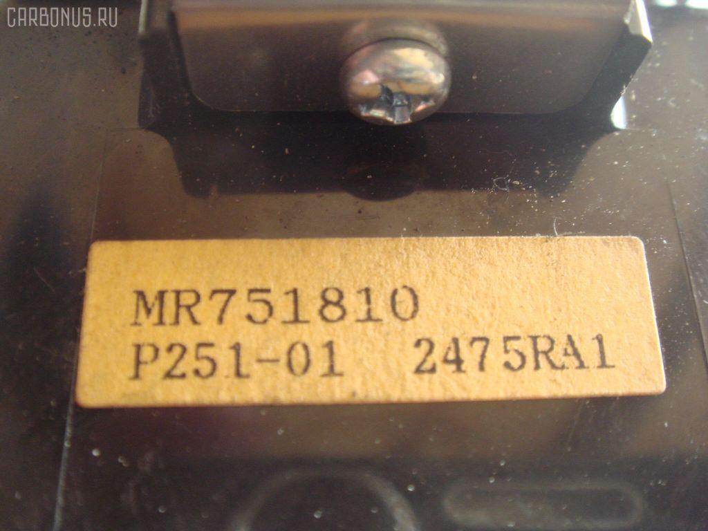 Блок упр-я стеклоподъемниками MITSUBISHI PAJERO V26W. Фото 3