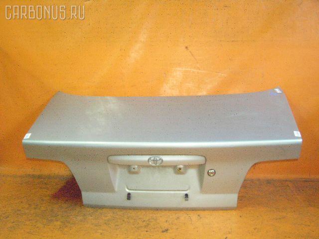 Крышка багажника TOYOTA CARINA ST215. Фото 1