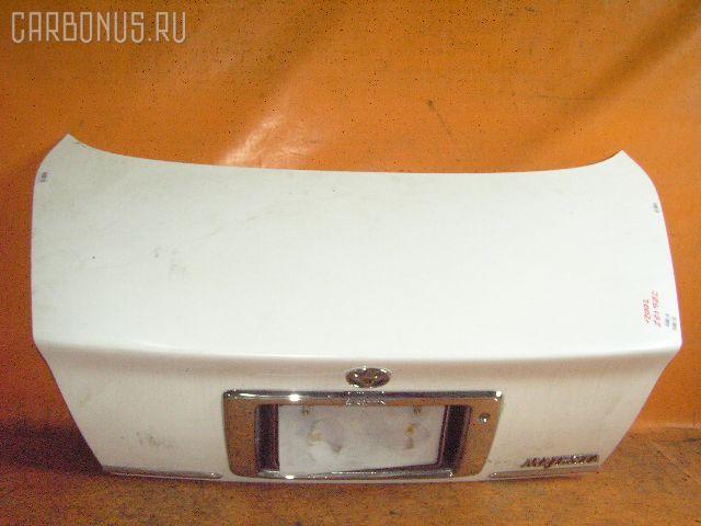 Крышка багажника TOYOTA CROWN MAJESTA JZS177. Фото 1