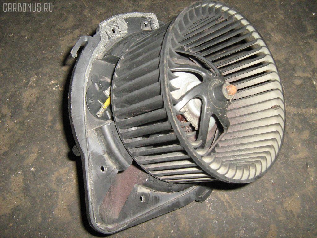 Мотор печки AUDI A4 8DAEBF. Фото 3