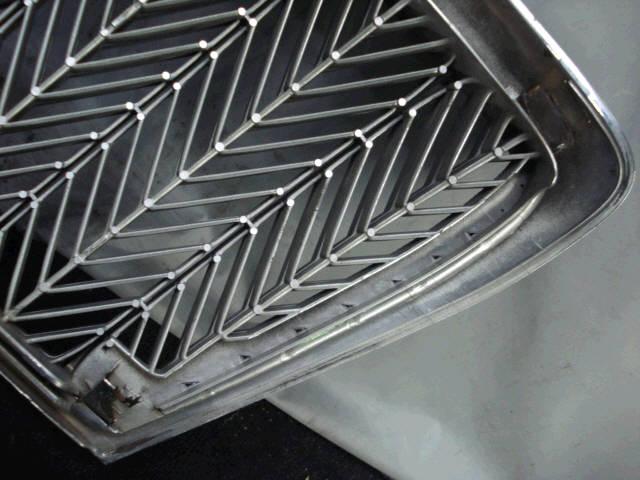 Решетка радиатора TOYOTA CROWN MAJESTA UZS171. Фото 3