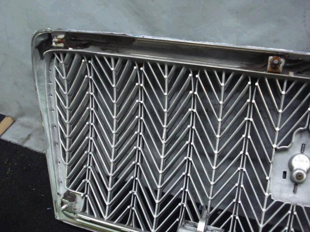 Решетка радиатора TOYOTA CROWN MAJESTA UZS171. Фото 2