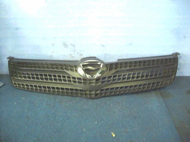 Решетка радиатора TOYOTA COROLLA SPACIO ZZE122N. Фото 6