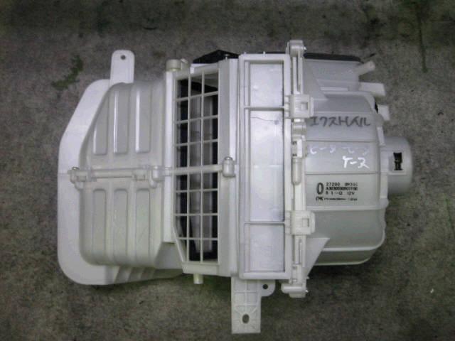 Печка NISSAN X-TRAIL NT30 QR20DE. Фото 5