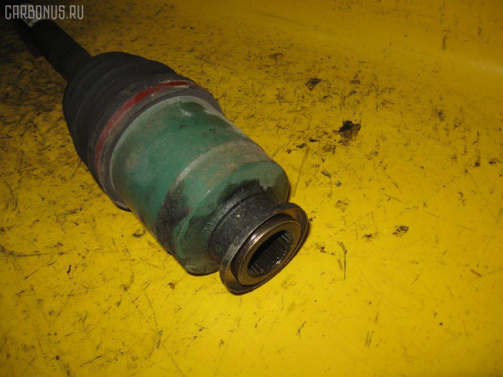 Привод SUBARU LEGACY WAGON BH5 EJ20. Фото 2