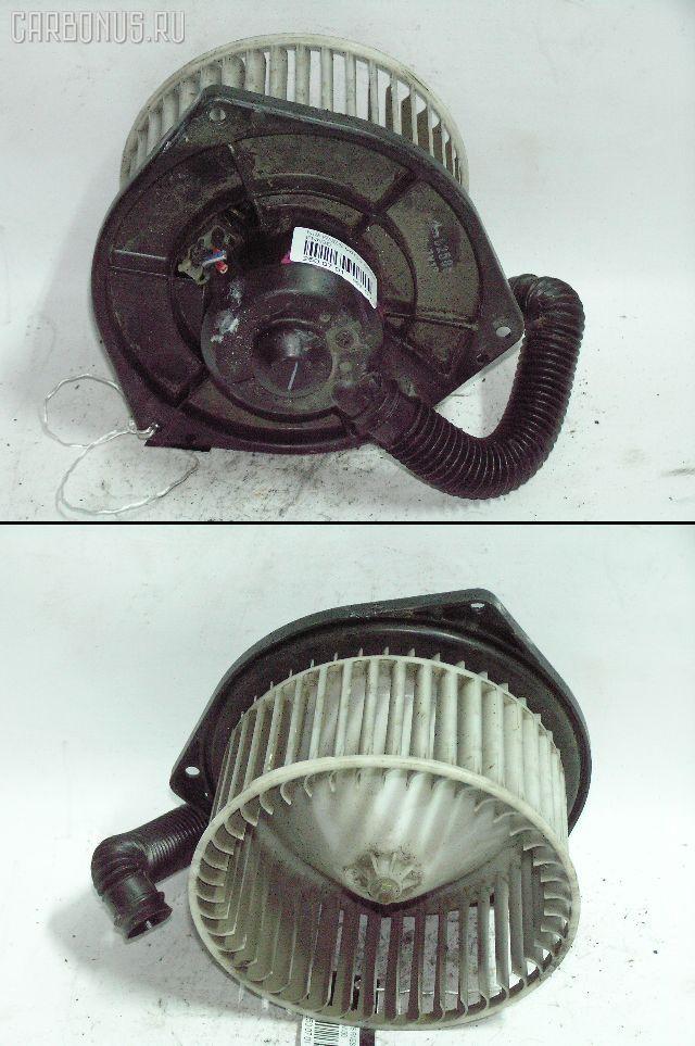 Мотор печки NISSAN RNESSA PNN30. Фото 1