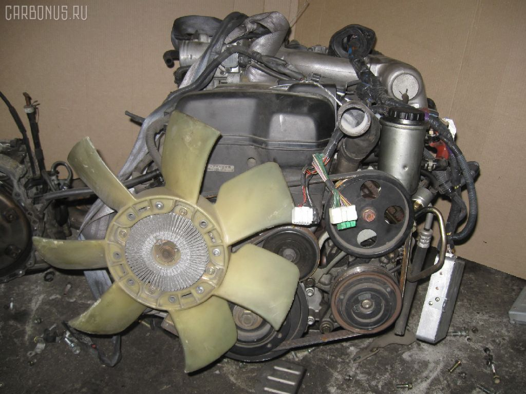 Двигатель TOYOTA CROWN JZS153 1JZ-GE. Фото 2