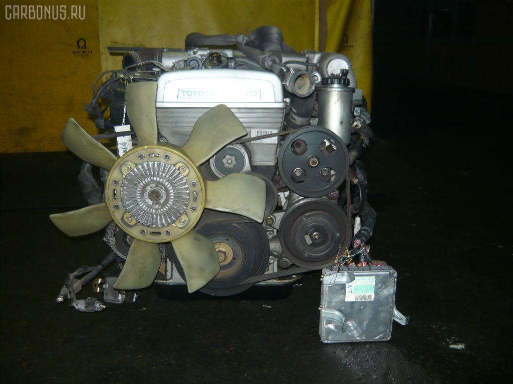 Двигатель TOYOTA MARK II JZX81 1JZ-GE. Фото 1