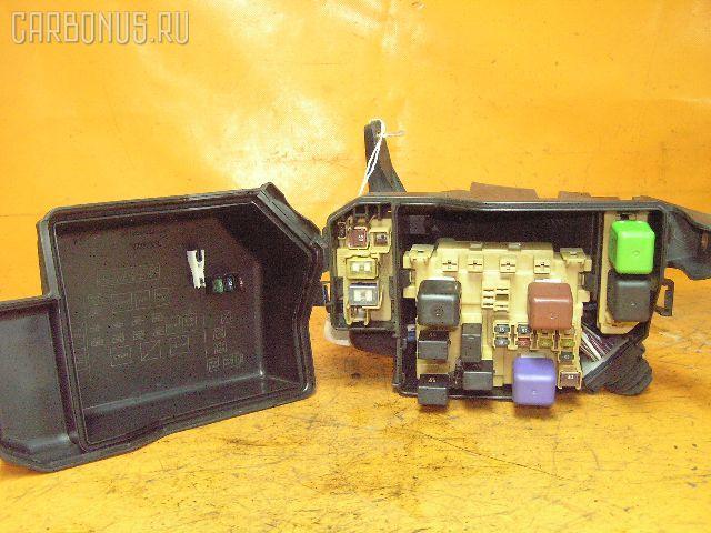 Блок предохранителей TOYOTA CHASER JZX100 1JZ-GE. Фото 2