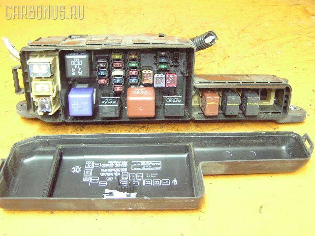 Блок предохранителей TOYOTA CARINA AT211 7A-FE. Фото 3