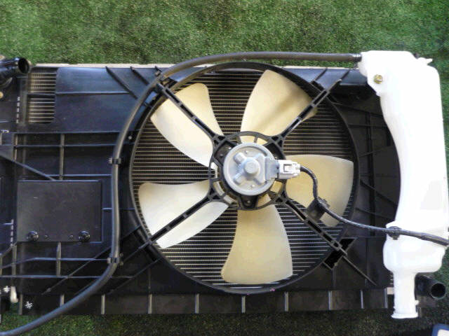 Радиатор ДВС MITSUBISHI COLT Z21A 4A90. Фото 6